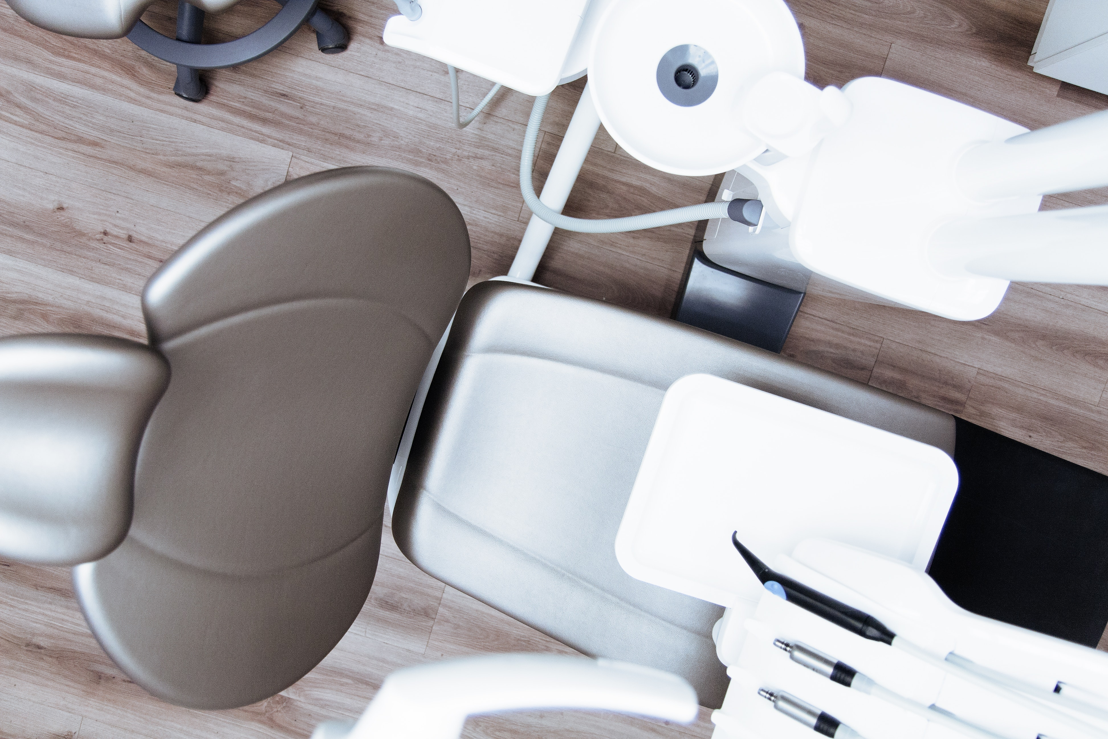 Dentist's chair empty and ready for a patient.